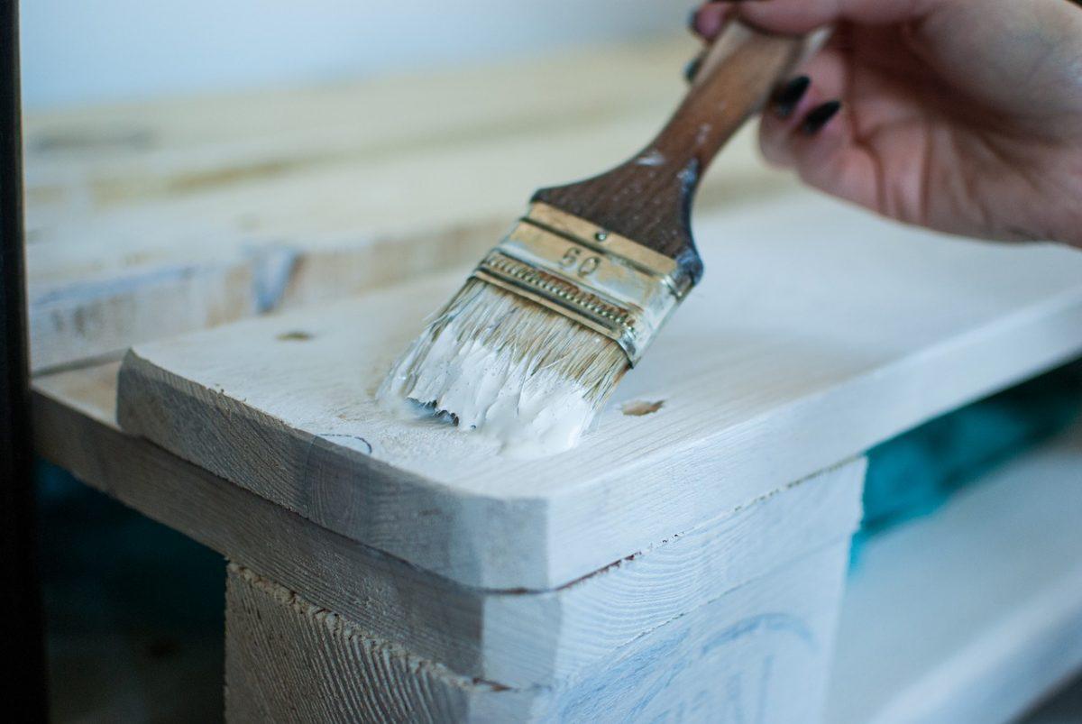 idées de couleur pour repeindre un meuble en bois