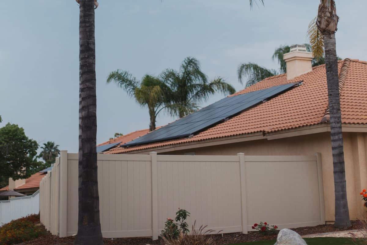 inclinaison-panneaux-solaires